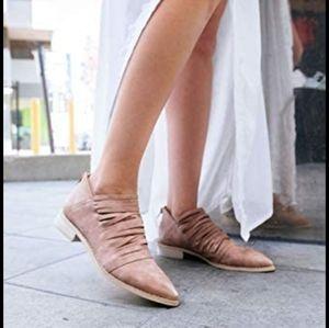 Mi.iM  Free Soul Shredded Ankle Boots Size…